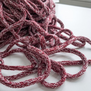 Шнур 5 мм круглый плетеный Бордово-белый